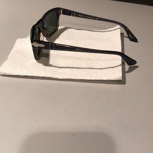Persol Accessories - NWOT Persol black rectangle sunglasses PO3037s